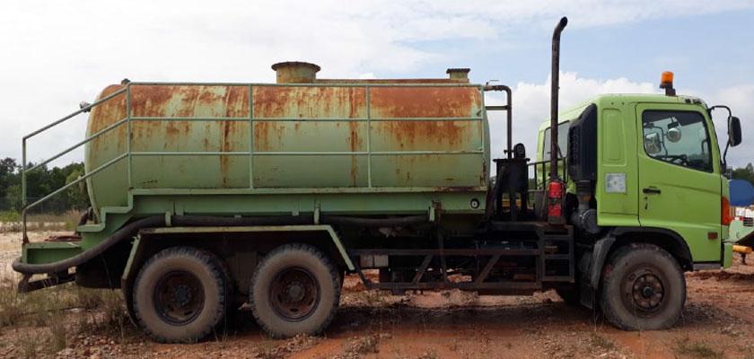 Vaccum Truck Hino
