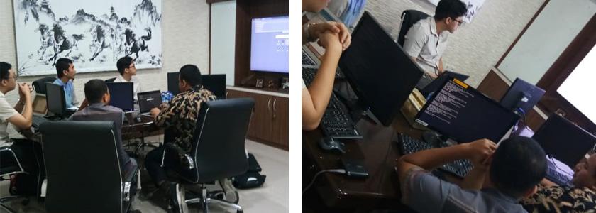 Suasana Workshop Pengelolaan Server di Kantor Vadhana International